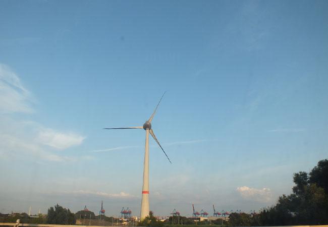 Windanlage am Hamburger Hafen