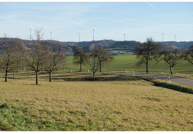 Blick auf den Windpark und die Limpurger Berge / © 2016 Stadtwerke Schwäbisch Hall GmbH