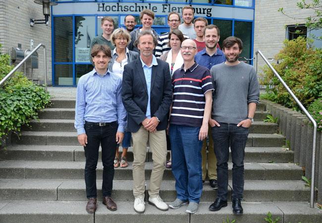 Pressebild: Das WETI-Team freut sich über die Aufnahme in die European Academy of Wind Energy. Foto: Kristof Gatermann