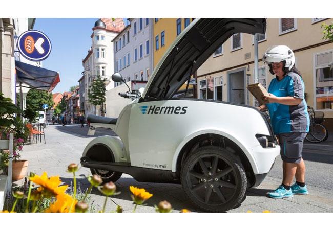 Pressebild: Emissionsfreie Zustellung: Hermes testet Elektromobil TRIPL in Göttingen
