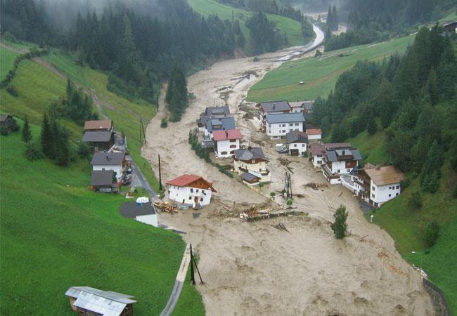 Hochwasser im August 2005 in Kappl-Nederle im Paznauntal / Pressebild: Copyright: TU Wien/ASI/Land Tirol/BH Landeck