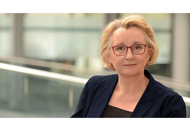 Pressebild: Theresia Bauer Ministerin für Wissenschaft, Forschung und Kunst