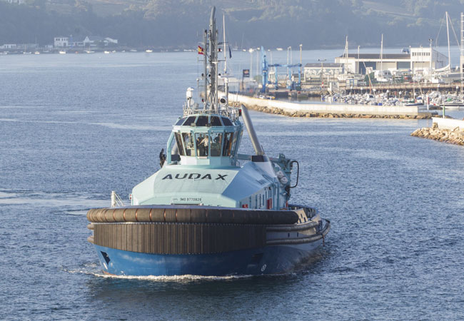 Pressebild: GONDAN delivered AUDAX, its third dual fuel tug