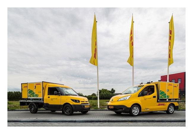 Pressebild: DHL Express hat das erfolgreiche City-Hub-Konzept für die umweltfreundliche innerstädtische Zustellung in einem neuen Pilotprojekt mit Elektrofahrzeugen auf die niederländische Stadt Den Haag ausgeweitet.