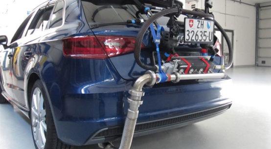 Ein Audi A3 mit dem Messrucksack für RDE-Messungen (Real Driving Emissions): Diese Emissionsmessung im realen Strassenverkehr ist für die Zulassung neuer Fahrzeugtypen ab 1. September 2017 verbindlich. Bild: Empa