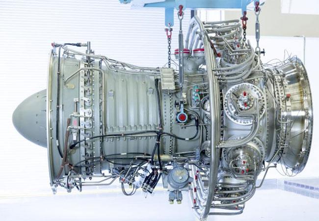 Pressebild: Core Engine der Gasturbine SGT-A30 RB Das Dresser-Rand Geschäft wird zwei SGT-A30 RB-Turbinenstränge (ehemals Industrial RB211) zur Stromerzeugung für die Penglai-Plattform in China liefern.