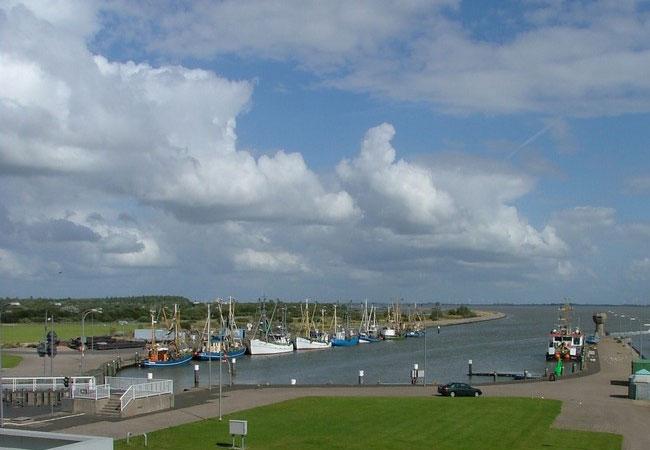 Krabbenfischerhafen an der Nordsee / Foto: HB