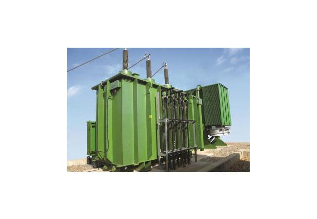 GE präsentiert ersten grünen Transformator für den SchienenverkehrGE präsentiert ersten grünen Transformator für den Schienenverkehr / Pressebild