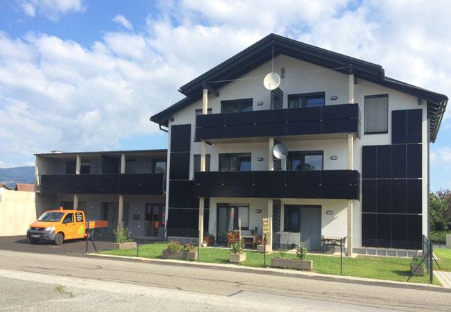 my-PV versorgt Mehrfamilienhäuser mit Warmwasser aus Solarstrom / Pressebild