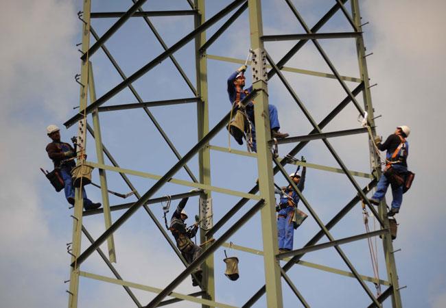 EEHH-Cluster: Bild_Wie steht es wirklich um die Energiewende-_Huppertz