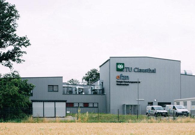 Die Forschungsanlage Drilling Simulator in Celle, die von der TU Clausthal und dem Energie-Forschungszentrum Niedersachsen betrieben wird. / TU Clausthal