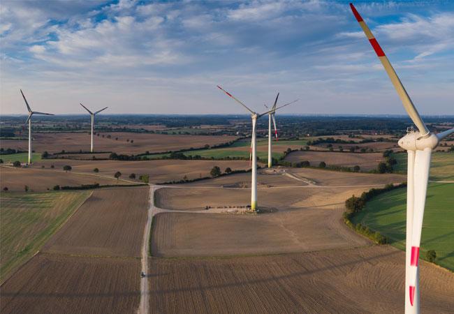 Pressebild: BayWa r.e. verkauft 43 MW im Windpark Obernwohlde an Investmentfonds
