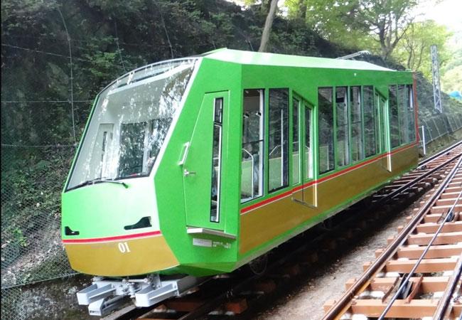 Insgesamt legt die neue kabelloseBergbahn eine Strecke von 800 Metern zurück und überwindet pro Fahrt einen Höhenunterschied von 280 Metern in sechs Minuten : Pressebild