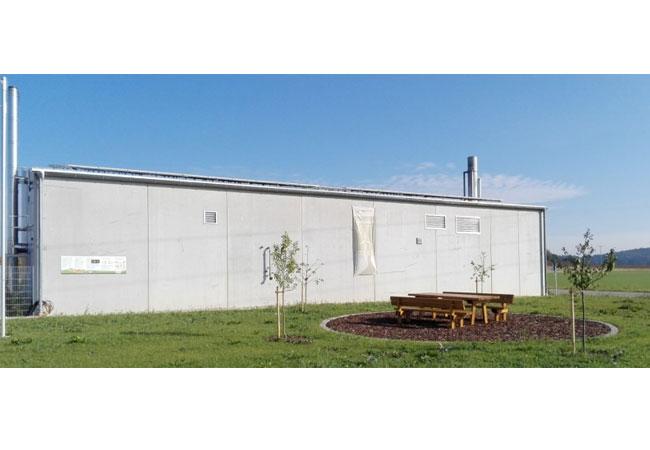 Pressebild: Heizzentrale in Lupburg, Quelle: Naturstrom AG
