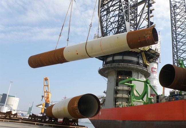 Offshore-Wind-Großauftrag für Nordenham: Steelwind produziert Fundamente für DONG Energy / Pressebild