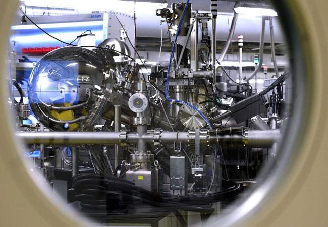 Das neue Energy Materials in situ Laboratory (EMIL) mit direktem Zugang zum Röntgenlicht von BESSY II wurde am 31. Oktober eröffnet. Bild: HZB