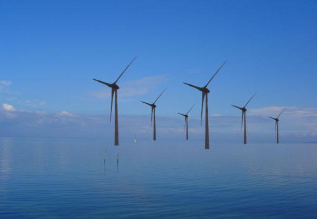 Offshore-Windpark - Fotomontage mit der 7,5 MW-Enercon E-126 Offshore-Windkraft-Anlagen / Grafik und Foto: HB