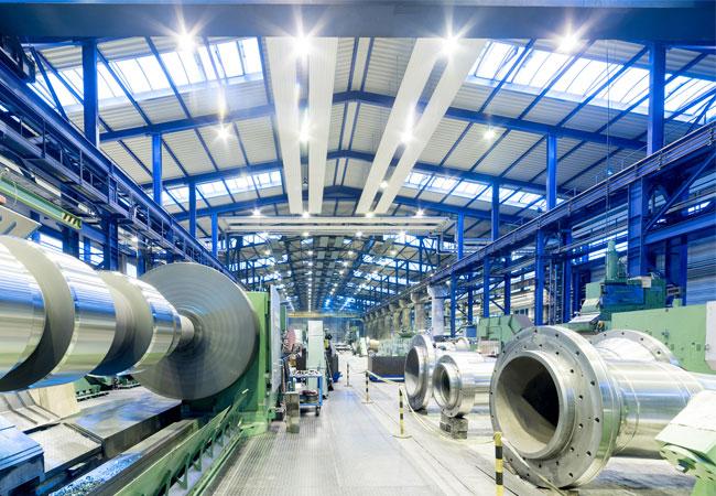 Die Walzengießerei Coswig stellt eine Rotorhohlwelle aus einem neuen mischkristallverfestigten Werkstoff aus / Foto: Walzengießerei Coswig