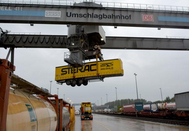 Inbetriebnahme des Gotthard-Basistunnels, STERAC erweitert Angebot für kombinierten Verkehr